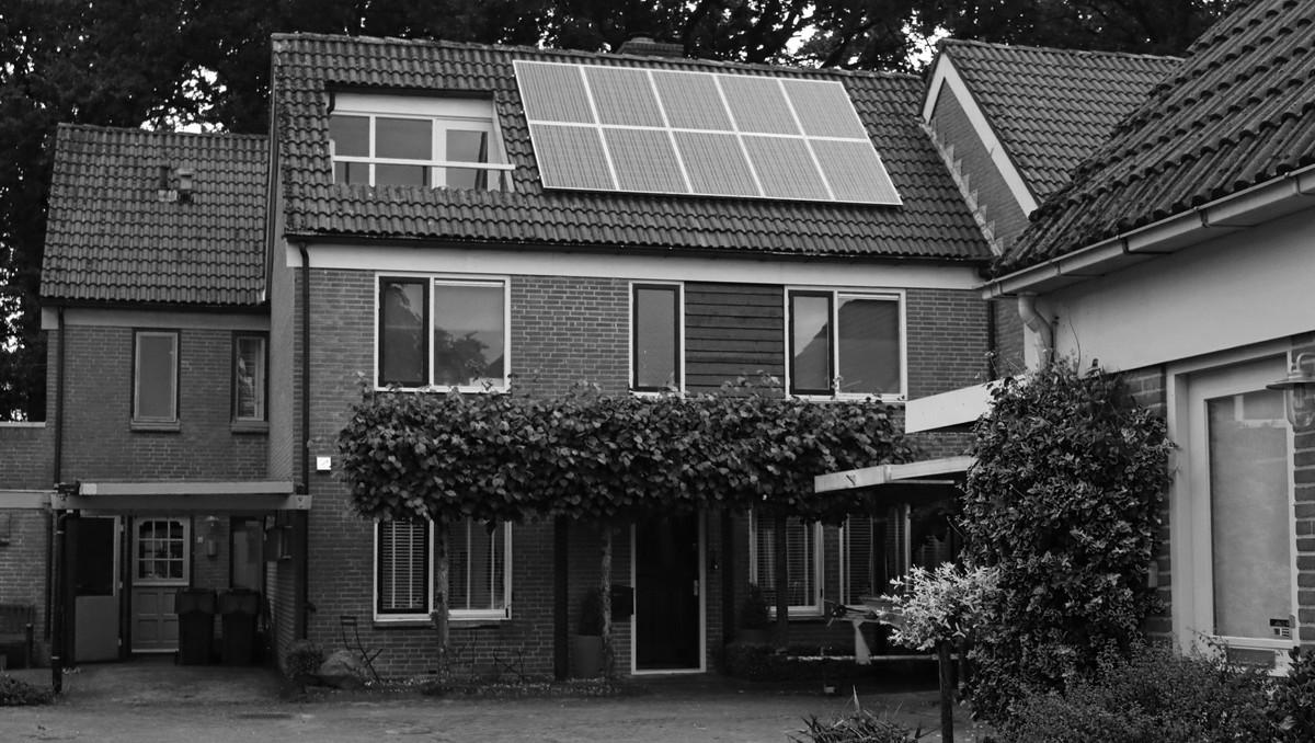 Fotovoltaické panely na střeše se Vám brzy zaplatí.